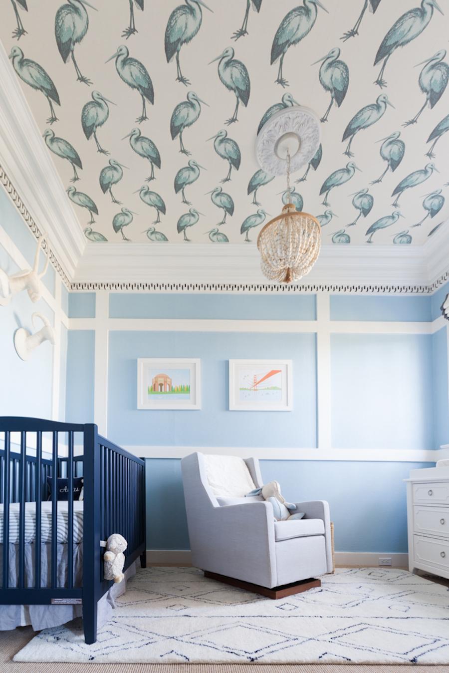 behang in de babykamer