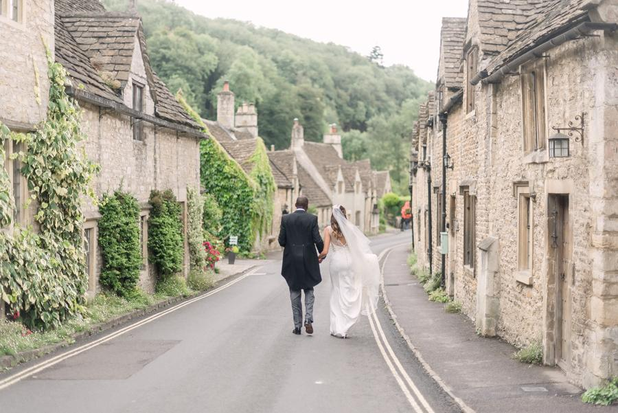 A British Countryside Wedding Full of Joy, Spirit and Energy!